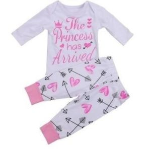 """Other - Boutique baby outfit """"princess"""" 0-3, 6 mo."""